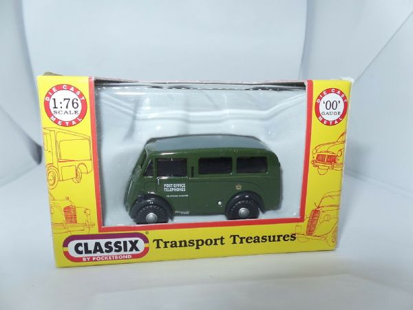 Classix EM76613 1/76 OO Scale Morris J Van GPO Post Office Telephones
